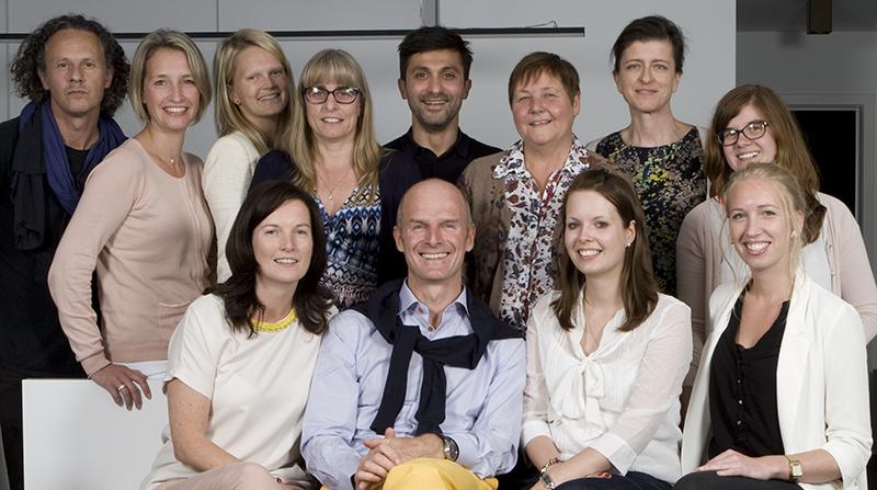 Groepsfoto van het Eyecenter team